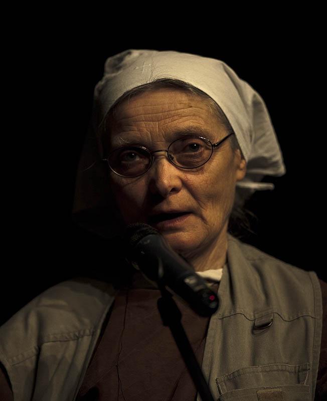 S. Chmielewska: Co widać z okna biedaków?